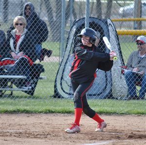 Fairfield softball wins recent games against Whiteoak, Ripley